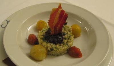 Grünes Risotto mit Speck, Parmesan und marinierten Tomaten - Rezept