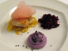 Seeteufelbäckchen auf Fondspaghetti, violetter Kartoffel-schnee und Rote Bete-Air - Rezept