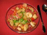 Tomaten-Brotsalat mit Garnelen - Rezept