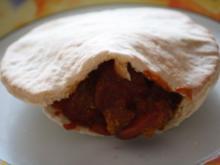 Currywurst in der Pitatasche - Rezept