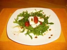 Rucolasalat mit gegrillten Tomaten und Feta - Rezept