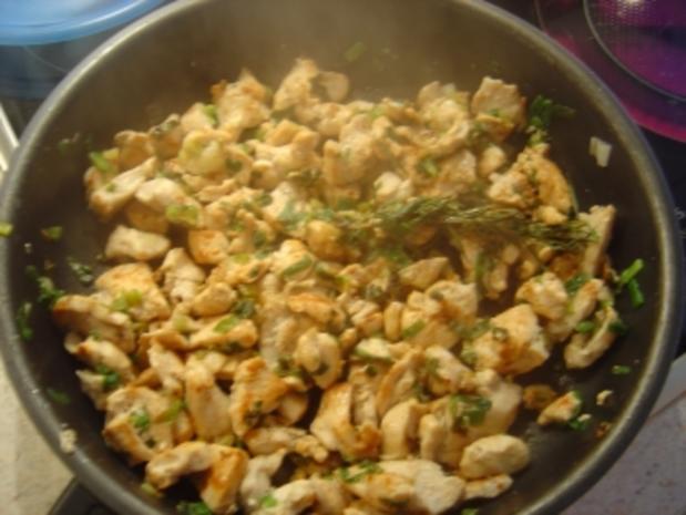 Hähnchen-Geschnetzeltes mit Lauchzwiebeln und Rosmarin - Rezept - Bild Nr. 4