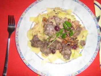 Burgunder-Gulasch - Rezept