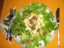 Gegrillter Schafskäse auf Blattsalat - Rezept