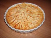 Apfelkuchen mit Amaretto-Guss - Rezept