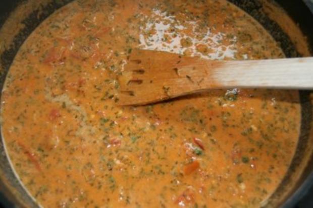 Spaghetti mit Garnelen in Kräuter-Tomaten-Sauce - Rezept - Bild Nr. 4