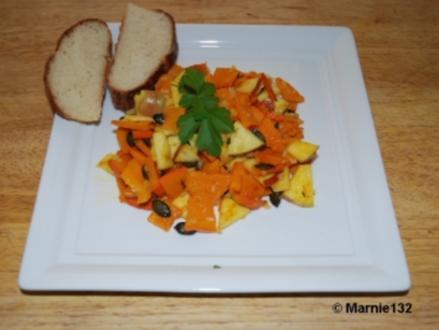 Kürbis-Apfel-Salat - Rezept