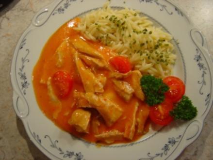 Putengoulasch aus Putenflügeln... kalorienarm... mit Tomate und Paprika - Rezept