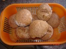 Brot + Brötchen : Rustikale Weckle - Rezept