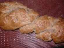 Pizzakatzes Sauerteig-Hefezopf - Rezept