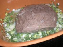 Sauerbraten aus dem Römertopf      (gart von ganz alleine ) - Rezept