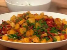 Spaghetti mit Kartoffeln und sonnengetrockneten Tomaten - Rezept