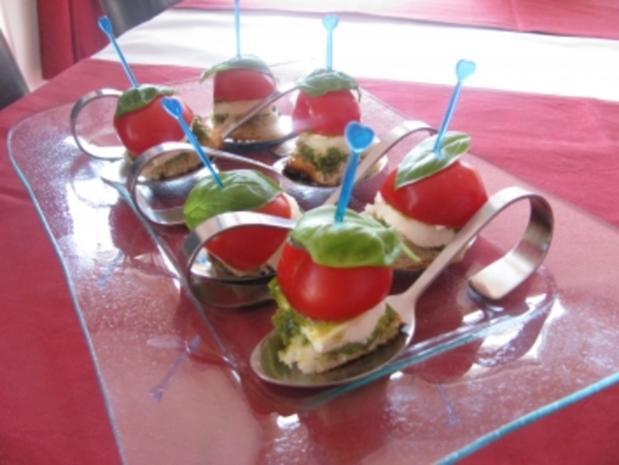 Tomaten-Mozarella-Appetithäppchen - Rezept