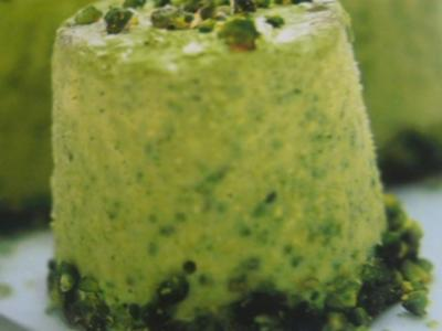 Dessert --- Pistaziencreme geeist - Rezept