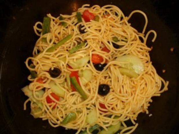 Spaghetti-Salat mediterran - Rezept - Bild Nr. 2
