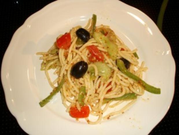 Spaghetti-Salat mediterran - Rezept - Bild Nr. 5