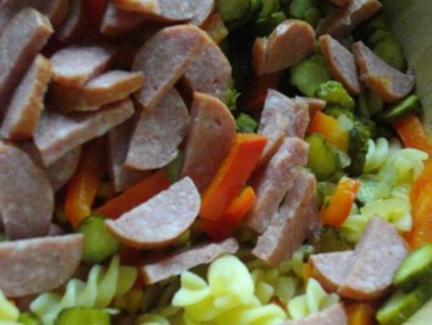 Pikanter Nudelsalat - Rezept