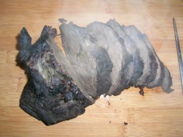 Rotweinsauerbraten mit Hagebuttenknödeln und geschmortem Wirsing (Fotos) - Rezept - Bild Nr. 18