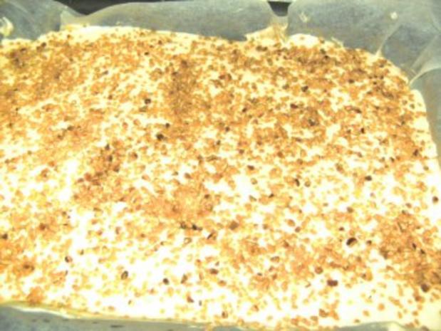 Desserts: Geeiste Zimtsterne mit flambierten Himbeeren - Rezept - Bild Nr. 2
