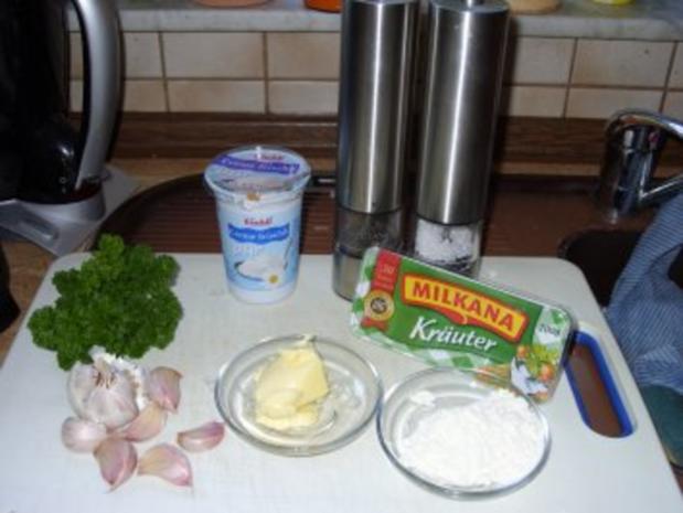 Knoblauchsuppe mit Käsecroutons - Rezept