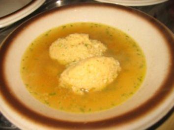 Suppe: Mutschelmehl Nockerlsuppe - Rezept