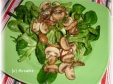 Salat - Feldsalat mit gebratenen Pilzen - Rezept