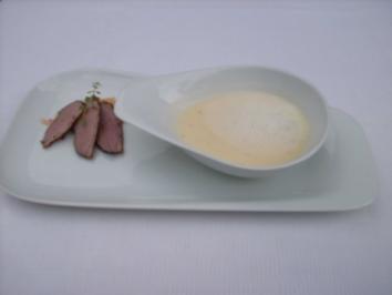 Apfel-Thymian-Suppe mit Streifen von geräucherter Entenbrust - Rezept
