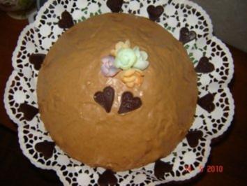 Kuchen + Torten : Rumbombe - Rezept