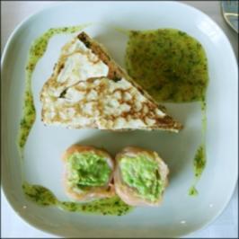 Lachs-Crêpes mit Dijon-Senfcreme - Rezept