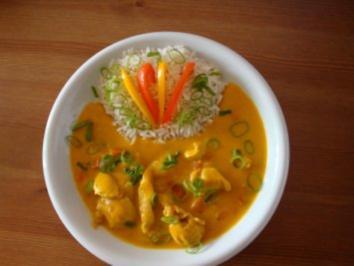 Rezept: Putengeschnetzeltes mit Reis & Kürbis-Kokosmilch-Soße