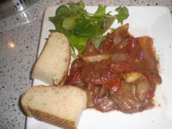 Lamm mit Zwiebelsahnesoße - Rezept