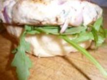 Pizzakatzes Chickenburger mit Waldpilzen und Estragon - Rezept