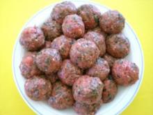 FLEISCH: Albondigas (Fleischbällchen) mit Senfsauce - Rezept