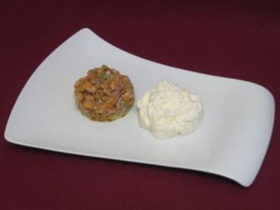 Lachstatar auf Kartoffelrösti mit Meerrettichschaum - Rezept