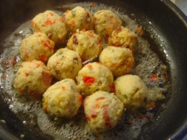 Kartoffelpuffer-Knödel mit Käse usw. usw.... ein Gedicht!!! - Rezept - Bild Nr. 5