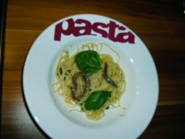 Spaghetti mit Kapern und Sardellen - Rezept