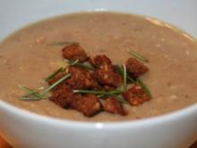 Maronen-Kartoffel-Suppe mit Rosmarin-Croûtons - Rezept