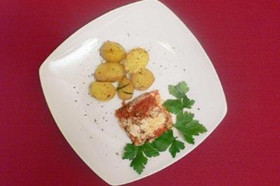 Fisch a la Spetses mit Rosmarinkartoffeln - Rezept