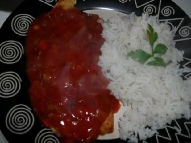 Putenschnitzel mit Teufelssauce und Reis - Rezept - Bild Nr. 2