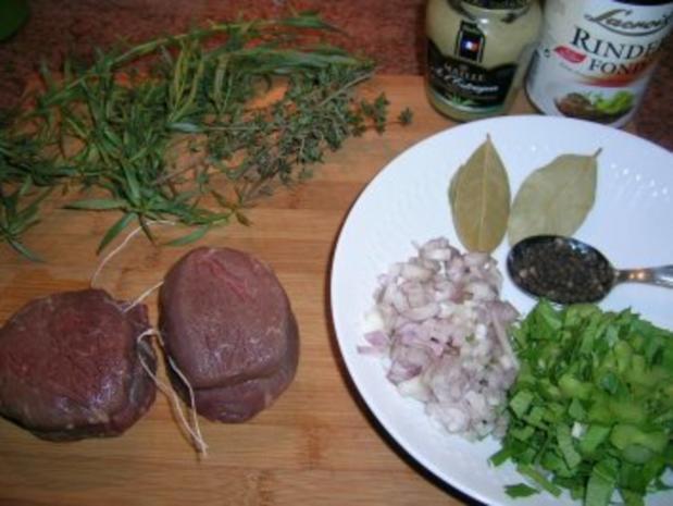 Pochiertes Rinderfilet mit Estragonsauce an Grießplätzchen  (tolles Essen für Gäste) - Rezept - Bild Nr. 4