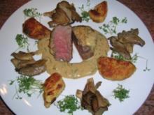 Pochiertes Rinderfilet mit Estragonsauce an Grießplätzchen  (tolles Essen für Gäste) - Rezept