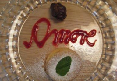 Italienische Mandeltorte an Feigen in Schokosoße - Rezept