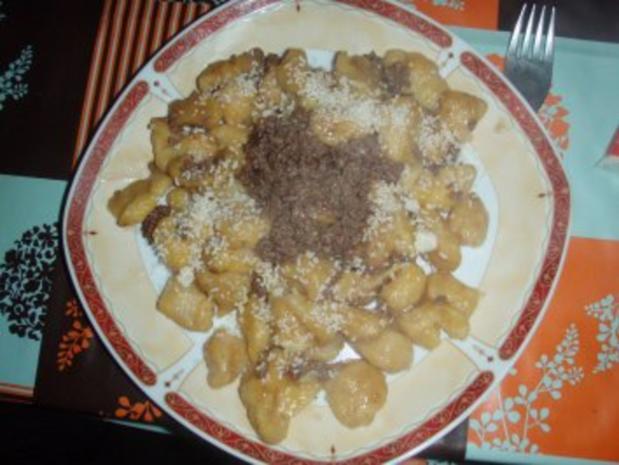 Kartoffel - Gnocchi mit Salbeibutter und Kürbis - Rezept - Bild Nr. 2