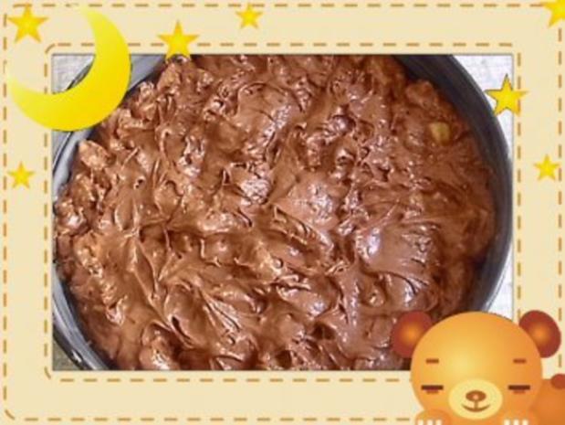 Apfelkuchen mit Rum und Schokolade - Rezept - Bild Nr. 3