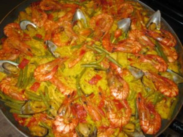 Paella mixta (mit Fleisch und Meeresfrüchten) - Rezept