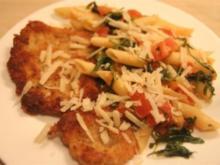Schnitzel Milanese mit Rucola-Tomaten-Knoblauch Farfalle - Rezept