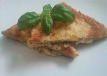 ** Snacks & Quickies ** Mozzarella in Carozza - Rezept
