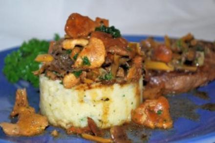 Polenta mit Waldpilzen und Steak - Rezept