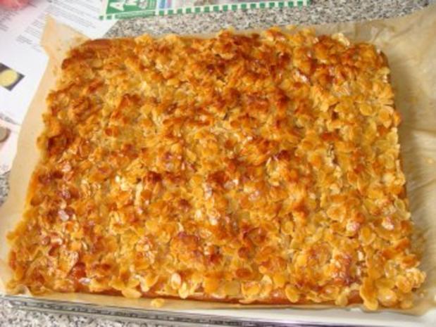 Apfelkuchen mit Mandelbelag - Rezept - Bild Nr. 2