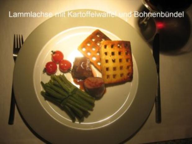 Kochduellrezept 3: lauwarmer Ziegenkäse mit Senf-Rosmarinkruste, Lammlachse mit Kartoffelwaffel und Bohnenbündel, Millefeuille von Karamell und Schokolade mit Gewürzbirne - Rezept - Bild Nr. 2